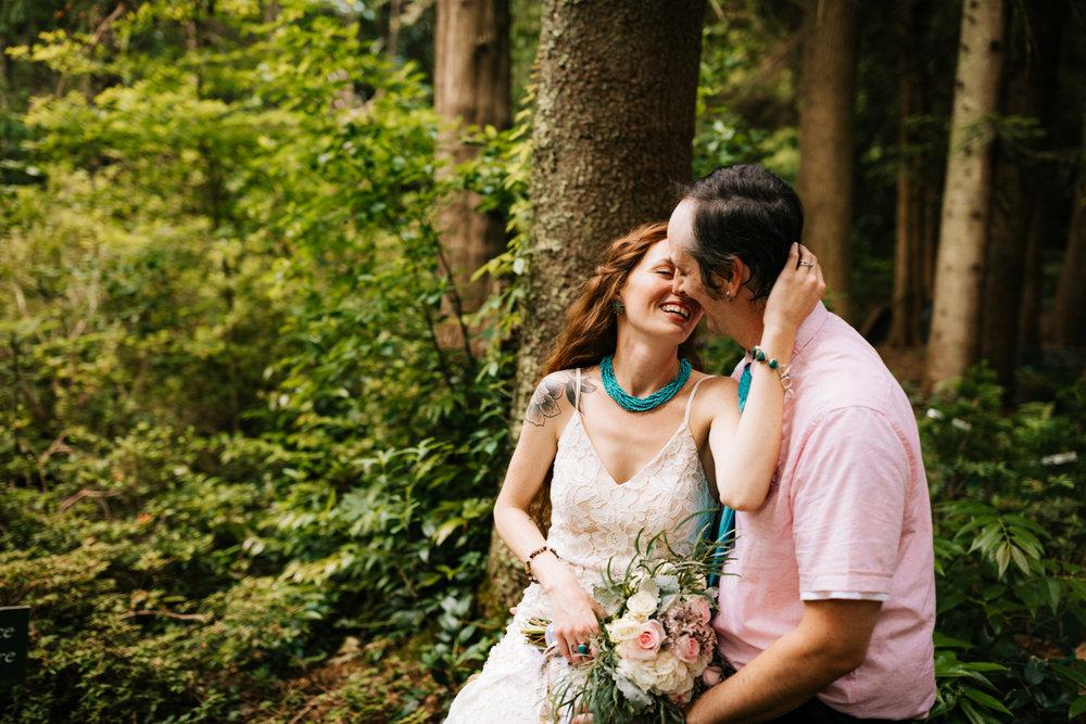 elopement-kinney-azalea-garden-rhode-island-north-kingstown-fun-natural-adventurous-intimate-wedding-photographer-andrea-van-orsouw-photography.jpg