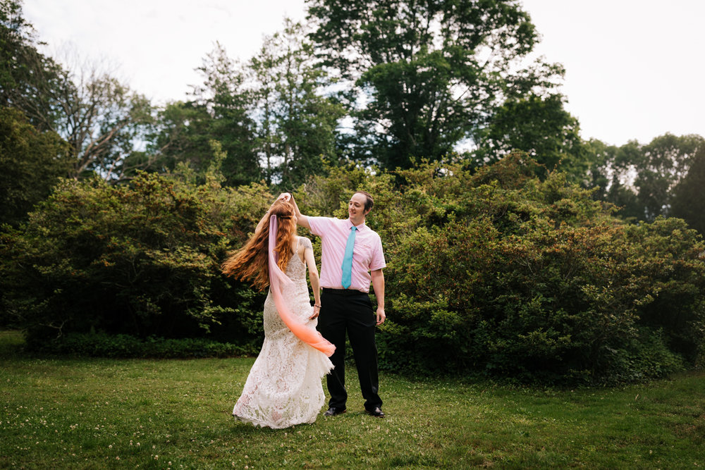 kinney-azalea-garden-wedding-andrea-van-orsouw-photography-natural-massachusetts.jpg