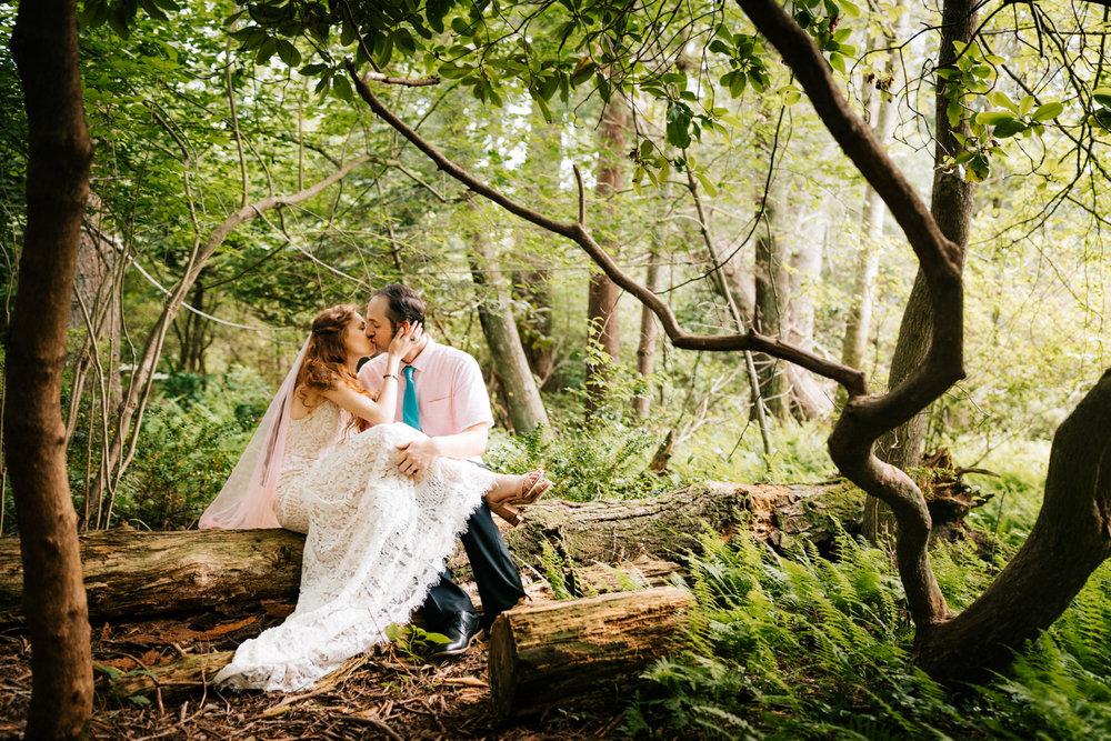 kinney-azalea-garden-wedding-andrea-van-orsouw-photography-rhode-island-intimate.jpg