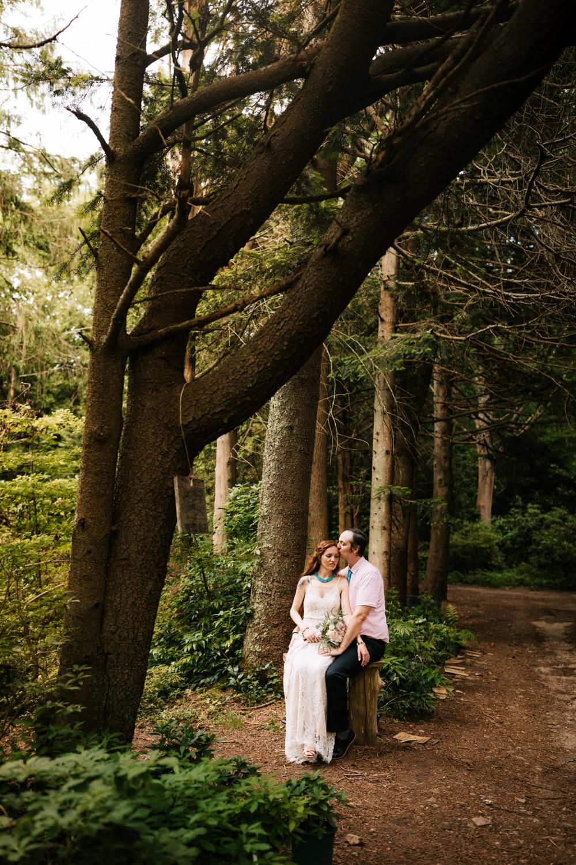 kinney-azalea-garden-wedding-andrea-van-orsouw-photography-rhode-island-photographer.jpg