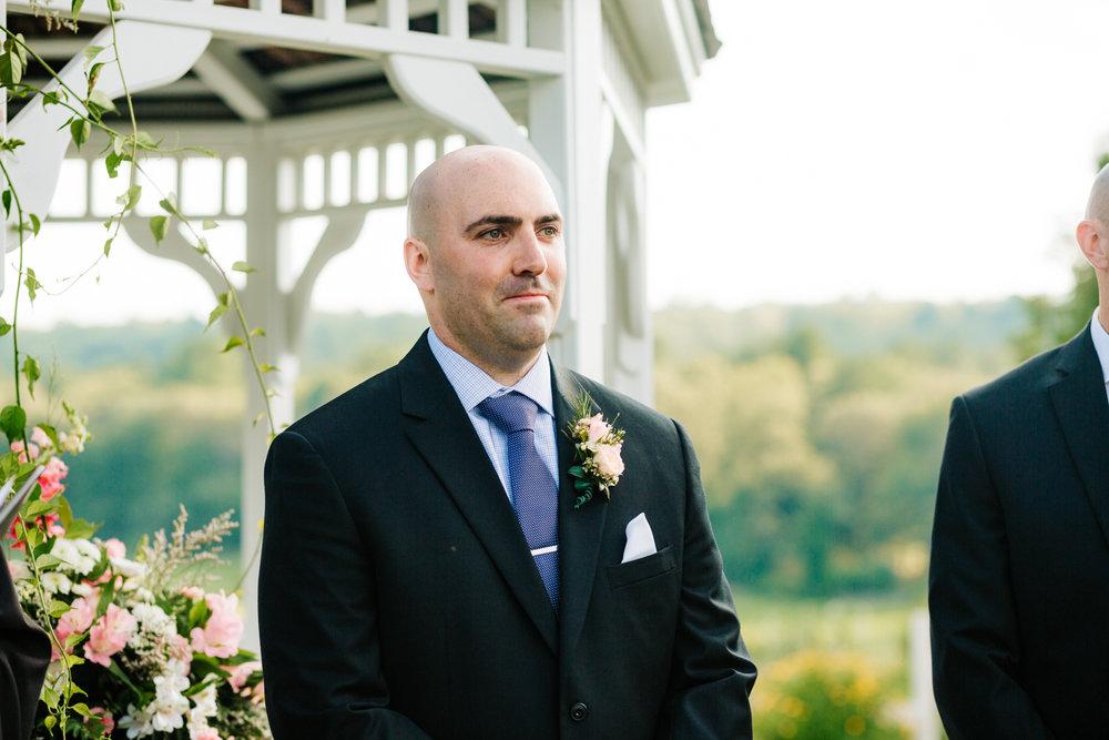 22. boston-massachusetts-andrea-van-orsouw-photography-salem-cross-inn-natural-wedding-photographer-adventurous-fun.jpg