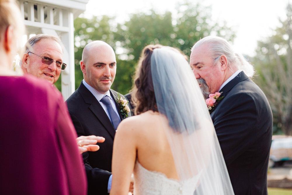 24. natural-salem-cross-inn-wedding-boston-photographer-massachusetts-fun-adventurous-andrea-van-orsouw-photography.jpg