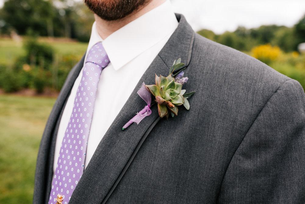 42 adventurous-fun-natural-wedding-photographer-salem-cross-inn-boston-massachusetts-andrea-van-orsouw-photography.jpg