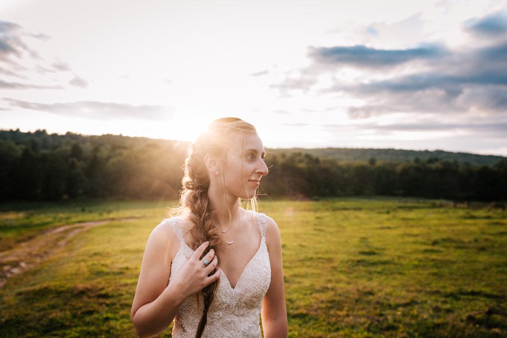 62 adventurous-fun-natural-wedding-photographer-salem-cross-inn-boston-massachusetts-andrea-van-orsouw-photography.jpg