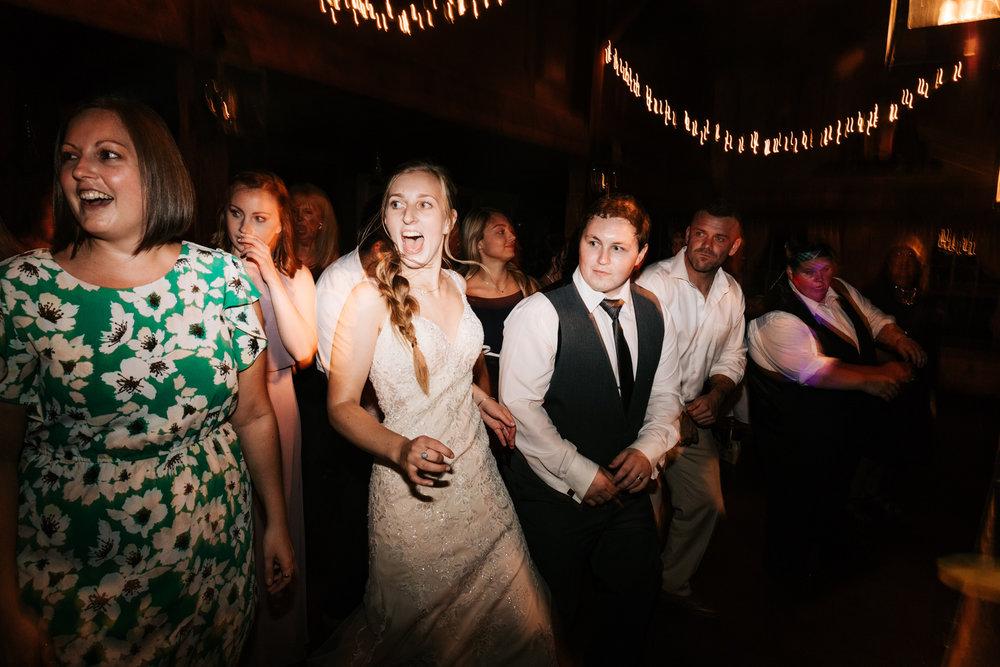75 adventurous-fun-natural-wedding-photographer-salem-cross-inn-boston-massachusetts-andrea-van-orsouw-photography.jpg