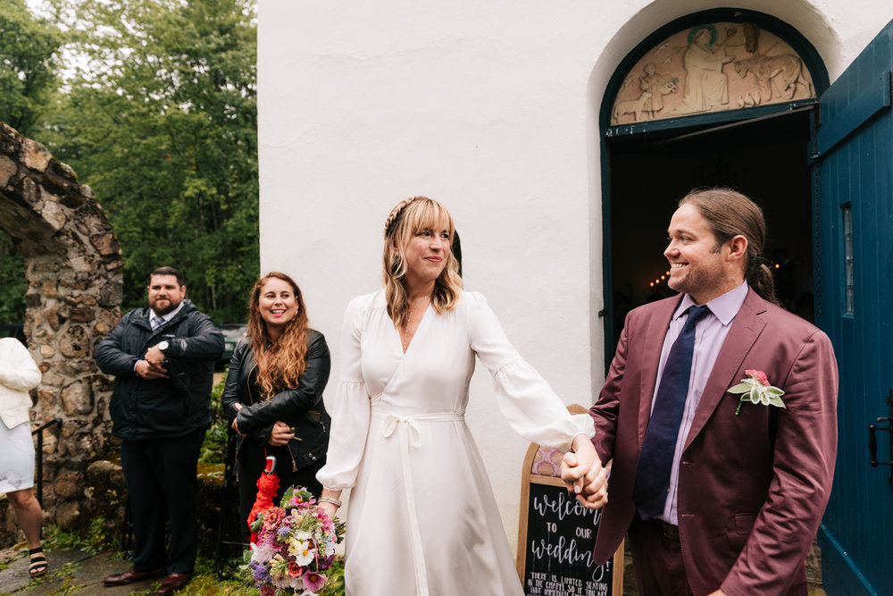 3. indie-wedding-dublin-new-hampshire-fun-natural-photographer-adventurous-andrea-van-orsouw-photography-23.jpg