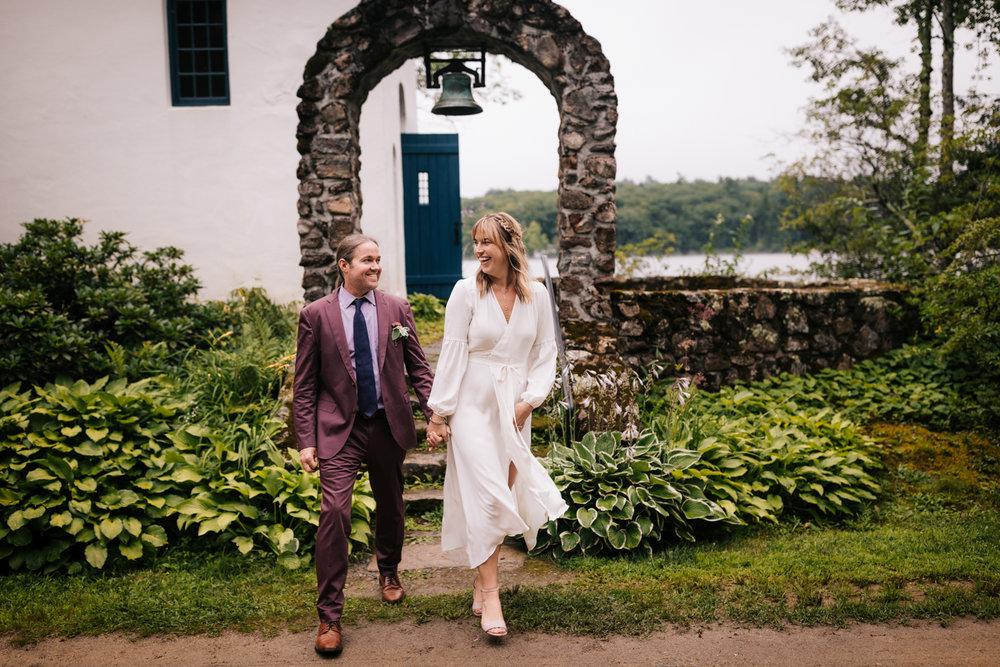 4. andrea-van-orsouw-photography-indie-fun-wedding-adventurous-photographer-dublin-new-hampshire-fun-12.jpg
