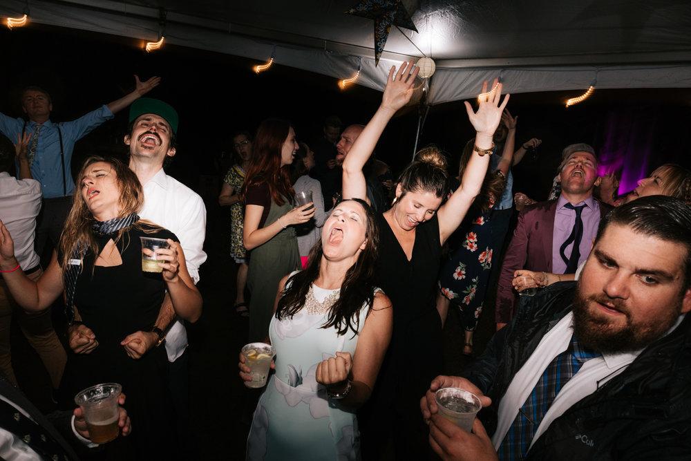 5. fun-wedding-photographer-andrea-van-orsouw-photography-indie-new-hampshire-fun-adventurous-dublin-30.jpg