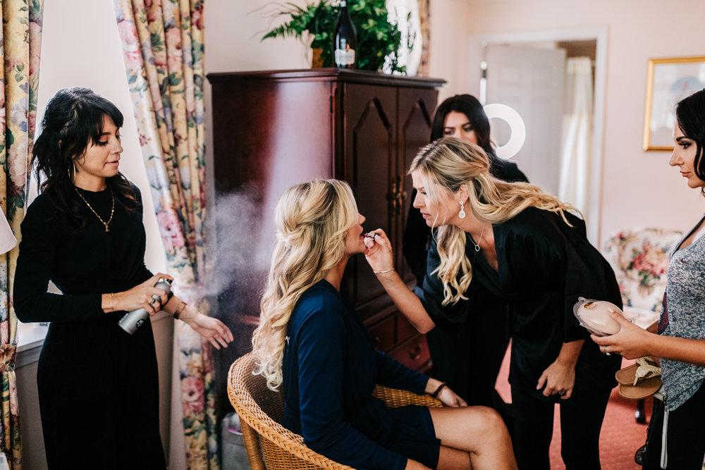 1.albuquerque-el-paso-fun-wedding-photographer-natural-boston-whately-adventurous-photographer-andrea-van-orsouw-photography-12.jpg