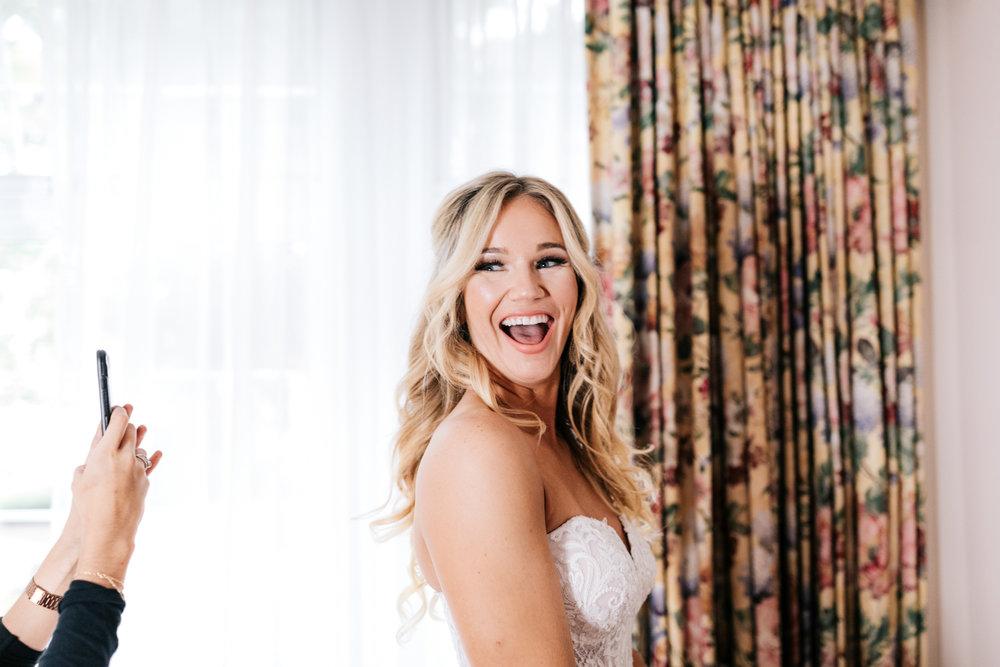 1.albuquerque-el-paso-fun-wedding-photographer-natural-boston-whately-adventurous-photographer-andrea-van-orsouw-photography-15.jpg