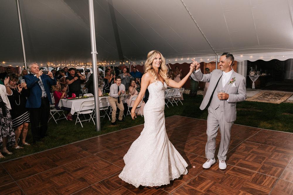 5. whately-massachusetts-fun-wedding-photographer-andrea-van-orsouw-photography-albuquerque-natural-photographer-el-paso-fun-2.jpg