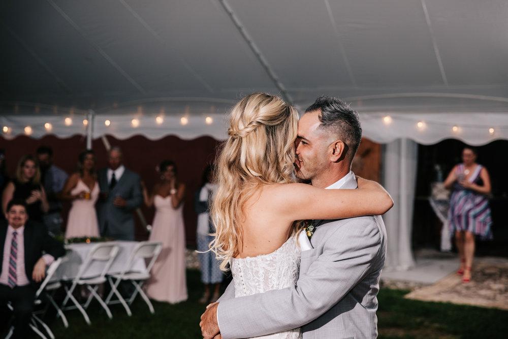 5. whately-massachusetts-fun-wedding-photographer-andrea-van-orsouw-photography-albuquerque-natural-photographer-el-paso-fun-3.jpg
