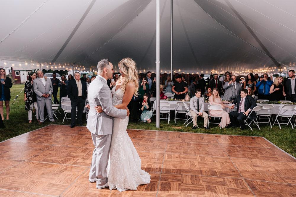 5. whately-massachusetts-fun-wedding-photographer-andrea-van-orsouw-photography-albuquerque-natural-photographer-el-paso-fun-4.jpg