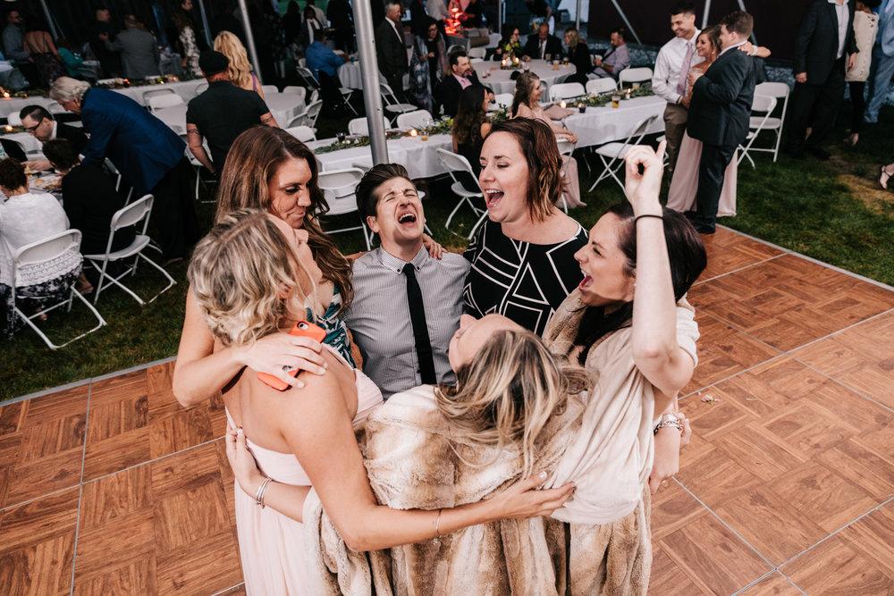 5. whately-massachusetts-fun-wedding-photographer-andrea-van-orsouw-photography-albuquerque-natural-photographer-el-paso-fun-14.jpg