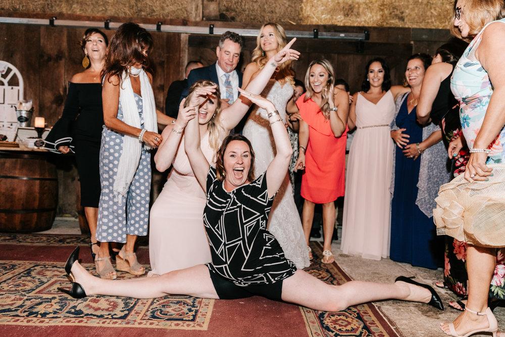 5. whately-massachusetts-fun-wedding-photographer-andrea-van-orsouw-photography-albuquerque-natural-photographer-el-paso-fun-15.jpg