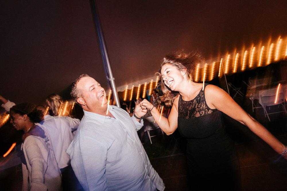 5. whately-massachusetts-fun-wedding-photographer-andrea-van-orsouw-photography-albuquerque-natural-photographer-el-paso-fun-30.jpg