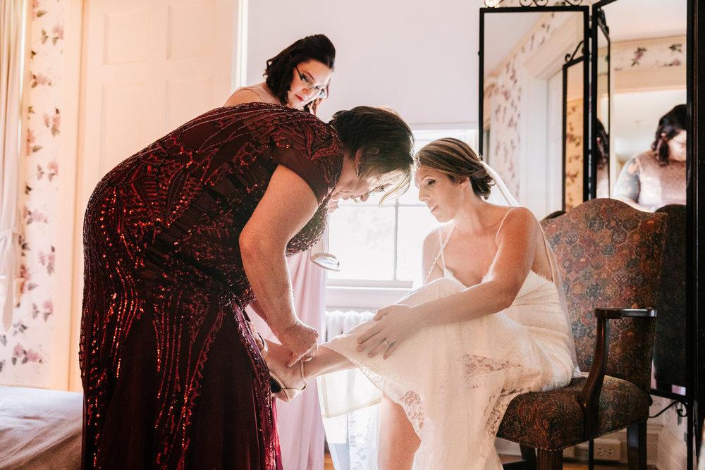 2. new-mexico-fun-wedding-photographer-fun-andrea-van-orsouw-photography-natural-albuquerque-andrea-van-orsouw-photography-governors-inn-new-hampshire-8.jpg