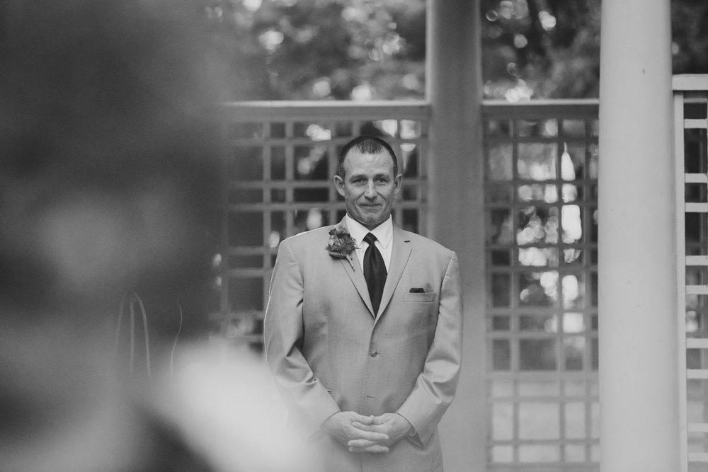 3. new-hampshire-governors-inn-wedding-natural-albuquerque-wedding-photographer-adventurous-andrea-van-orsouw-photography-fun-new-mexico-3.jpg