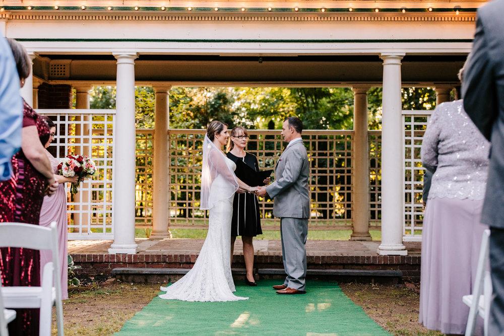 3. new-hampshire-governors-inn-wedding-natural-albuquerque-wedding-photographer-adventurous-andrea-van-orsouw-photography-fun-new-mexico-4.jpg
