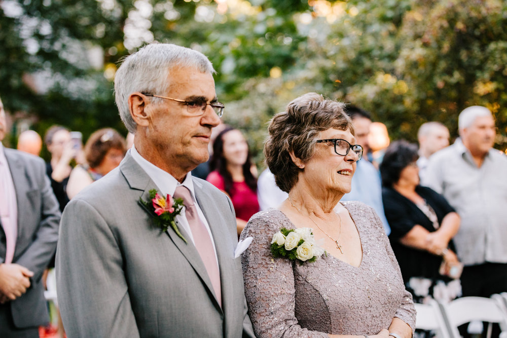 3. new-hampshire-governors-inn-wedding-natural-albuquerque-wedding-photographer-adventurous-andrea-van-orsouw-photography-fun-new-mexico-7.jpg