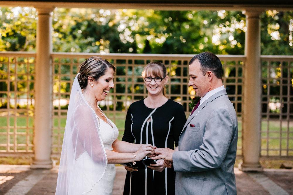 3. new-hampshire-governors-inn-wedding-natural-albuquerque-wedding-photographer-adventurous-andrea-van-orsouw-photography-fun-new-mexico-8.jpg