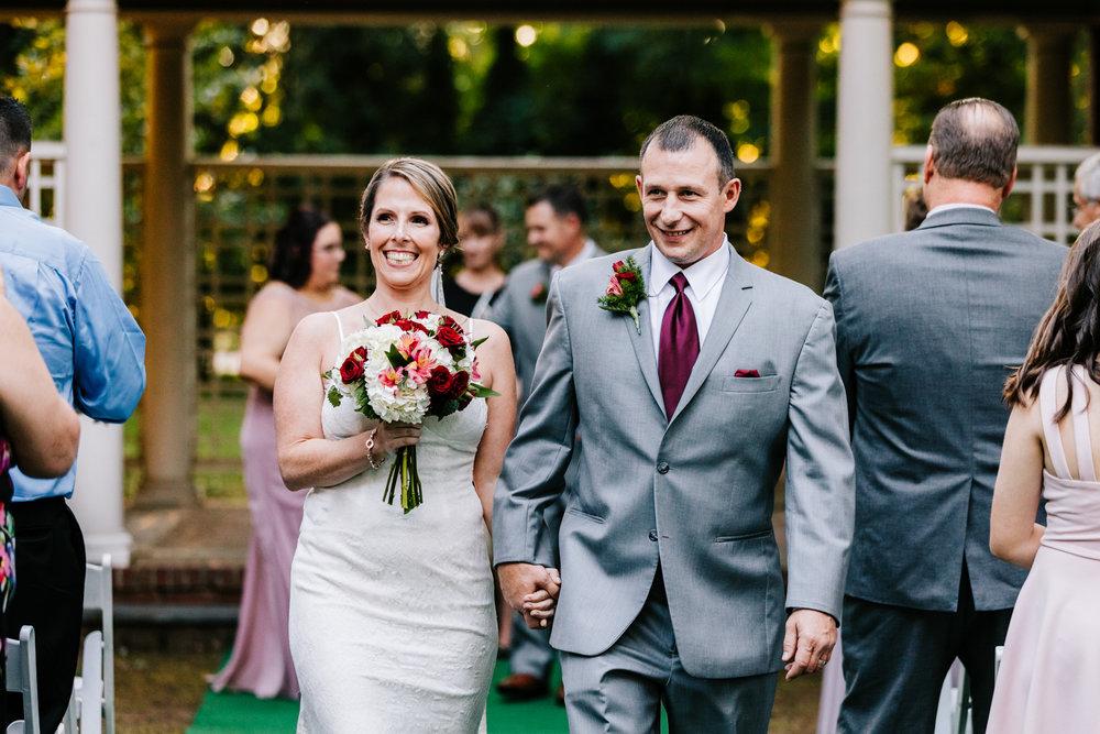 3. new-hampshire-governors-inn-wedding-natural-albuquerque-wedding-photographer-adventurous-andrea-van-orsouw-photography-fun-new-mexico-11.jpg