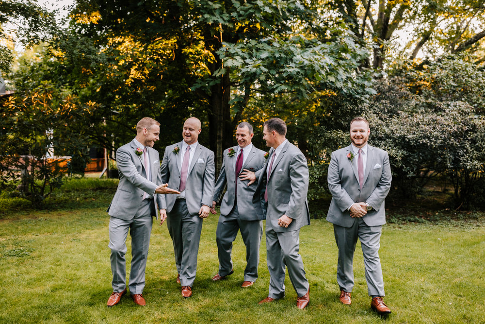 4. new-mexico-new-hampshire-wedding-photographer-andrea-van-orsouw-natural-adventurous-fun-albuquerque-photographer-governors-inn-wedding-3.jpg