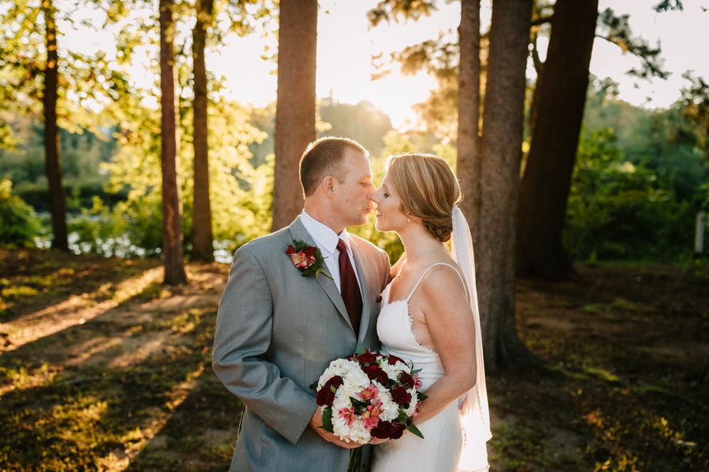 4. new-mexico-new-hampshire-wedding-photographer-andrea-van-orsouw-natural-adventurous-fun-albuquerque-photographer-governors-inn-wedding-6.jpg