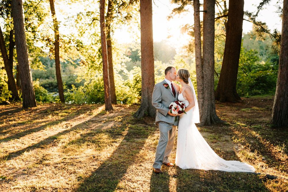 4. new-mexico-new-hampshire-wedding-photographer-andrea-van-orsouw-natural-adventurous-fun-albuquerque-photographer-governors-inn-wedding-5.jpg