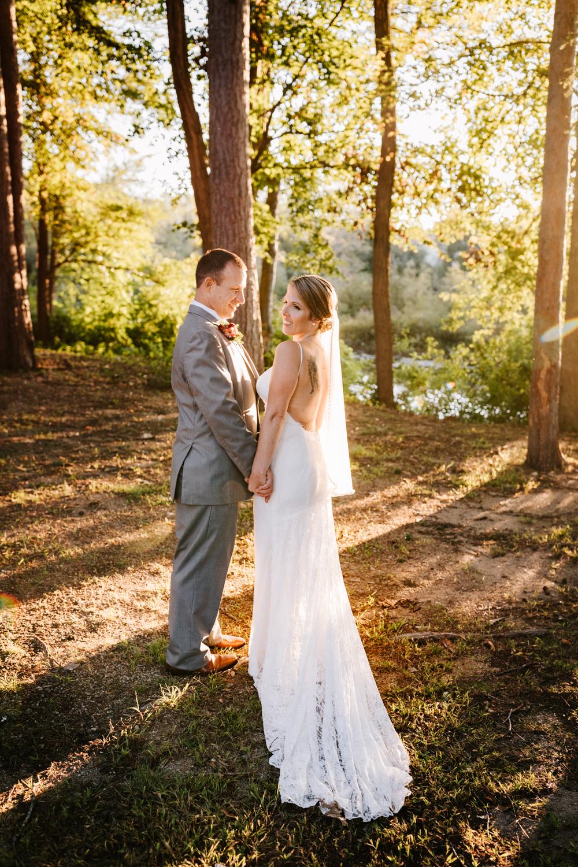 4. new-mexico-new-hampshire-wedding-photographer-andrea-van-orsouw-natural-adventurous-fun-albuquerque-photographer-governors-inn-wedding-9.jpg