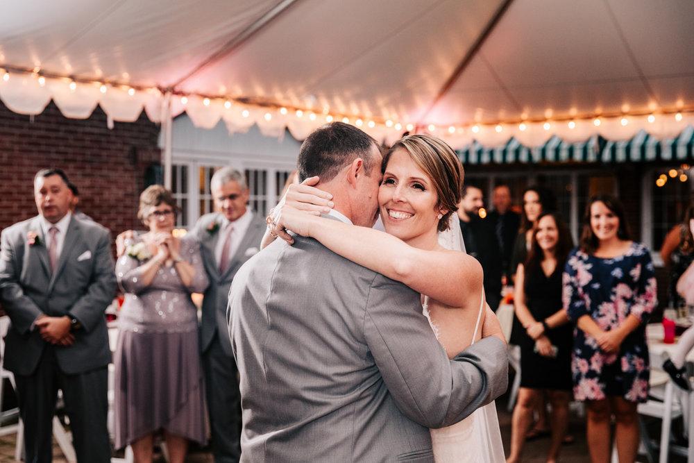 6. new-mexico-fun-adventurous-wedding-photographer-governors-inn-new-hampshire-natural-wedding-andrea-van-orsouw-photography-3.jpg