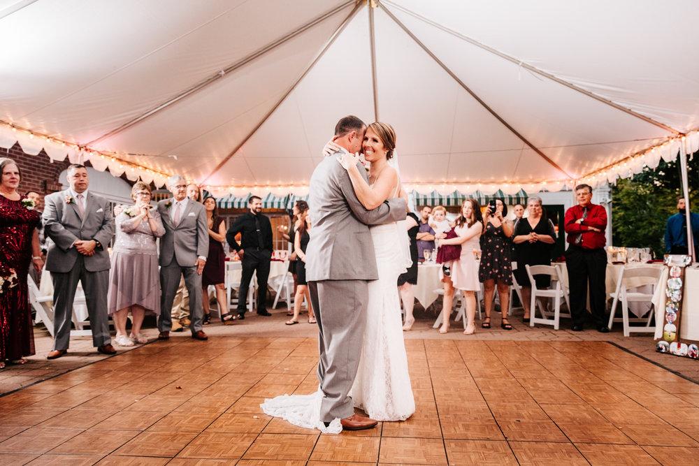 6. new-mexico-fun-adventurous-wedding-photographer-governors-inn-new-hampshire-natural-wedding-andrea-van-orsouw-photography-4.jpg