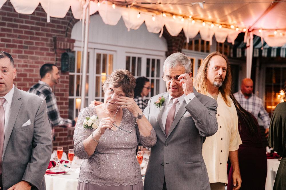6. new-mexico-fun-adventurous-wedding-photographer-governors-inn-new-hampshire-natural-wedding-andrea-van-orsouw-photography-6.jpg