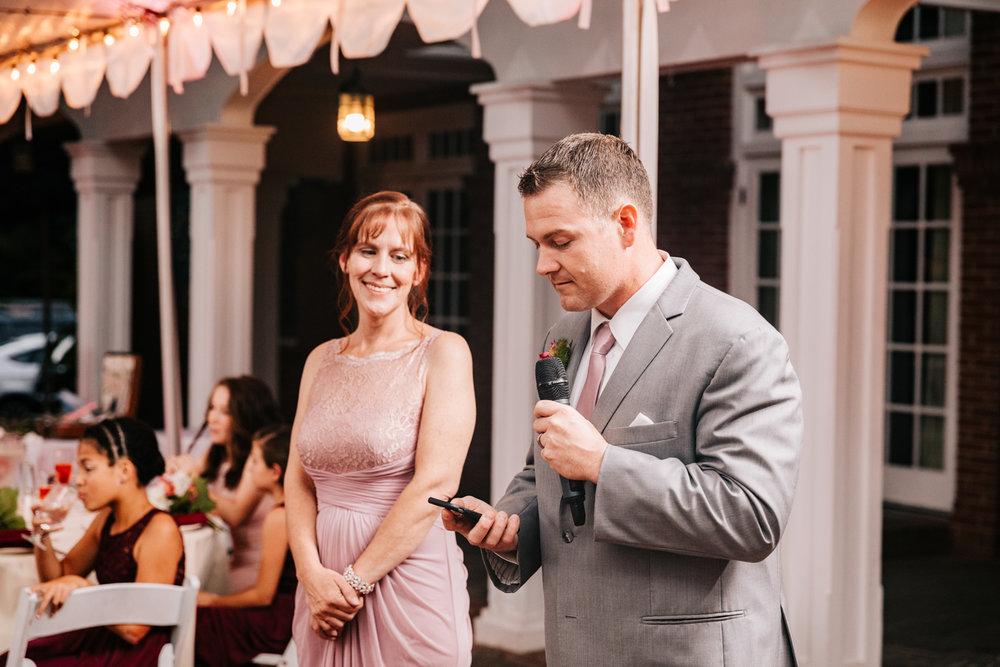 6. new-mexico-fun-adventurous-wedding-photographer-governors-inn-new-hampshire-natural-wedding-andrea-van-orsouw-photography-8.jpg