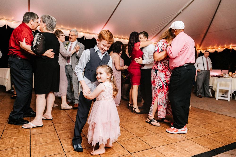 7. governors-inn-new-hampshire-wedding-photographer-natural-fun-albuquerque-adventurous-andrea-van-orsouw-photography-new-mexico-1.jpg
