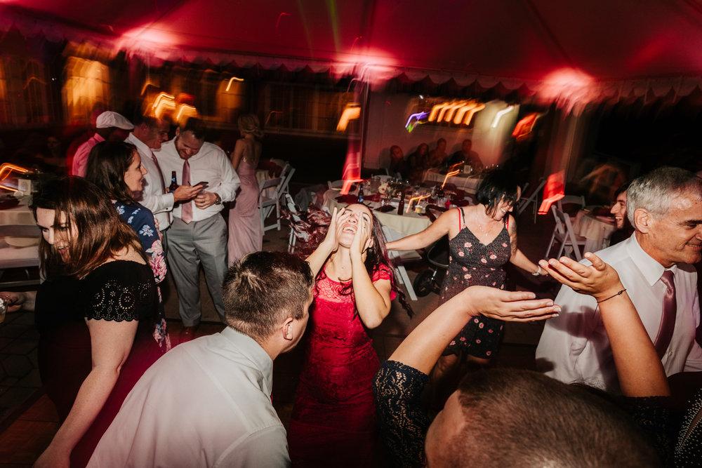 9. adventurous-new-mexico-wedding-andrea-van-orsouw-photographer-fun-governors-inn-wedding-natural-adventurous-9.jpg