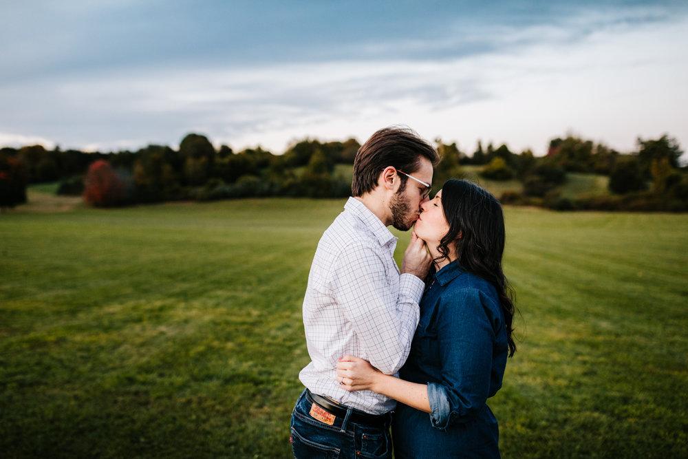 5. fun-arizona-wedding-photographer-adventurous-andrea-van-orsouw-photography-fun-boston-chase-farm-lincoln-ri-natural-albuquerque-2.jpg