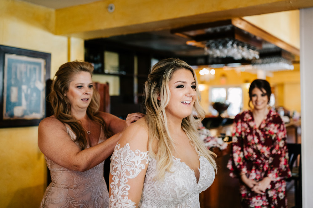 3. albuquerque-fun-photographer-phoenix-wedding-andrea-van-orsouw-photography-boston-natural-adventurous-5.jpg