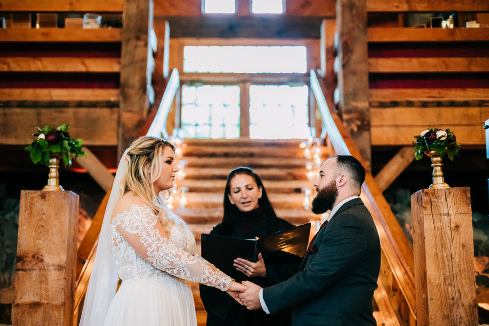 5. wedding-photographer-phoenix-massachusetts-natural-andrea-van-orsouw-photography-fun-adventurous-boston-9.jpg