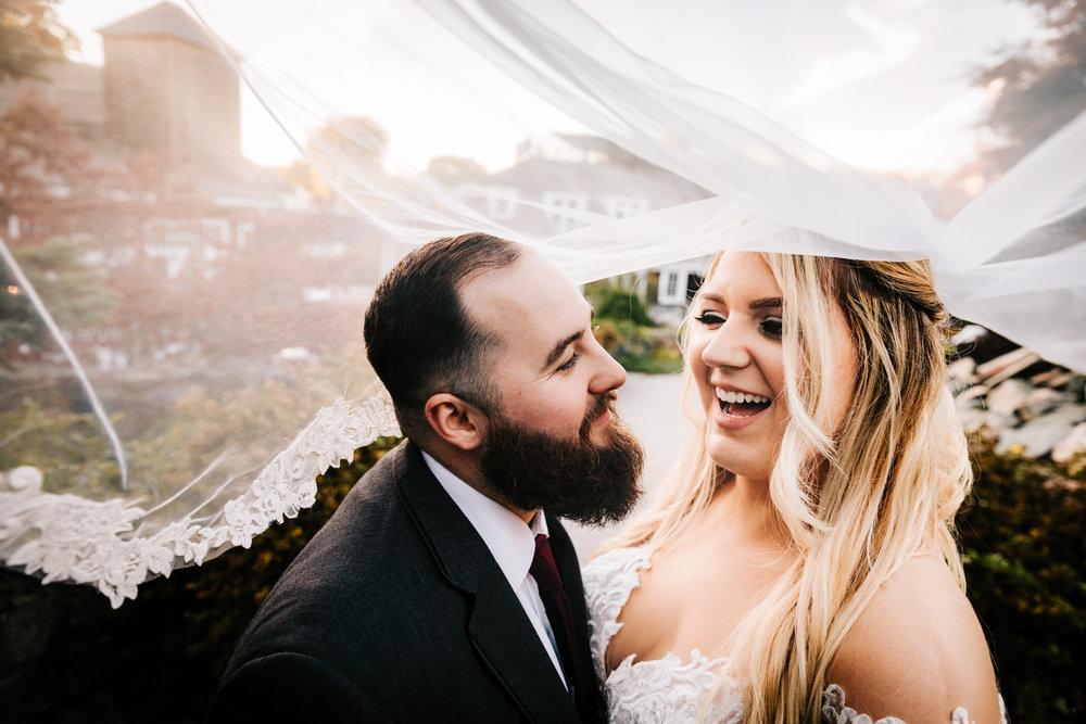 8. adventurous-phoenix-photographer-andrea-van-orsouw-photography-boston-fun-natural-new-mexico-wedding-red-lion-inn-7.jpg