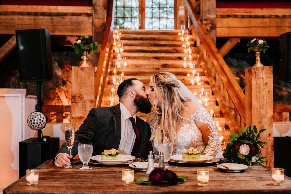 10. red-lion-inn-new-mexico-wedding-photographer-natural-phoenix-adventurous-fun-boston-Andrea-van-orsouw-photography-11.jpg