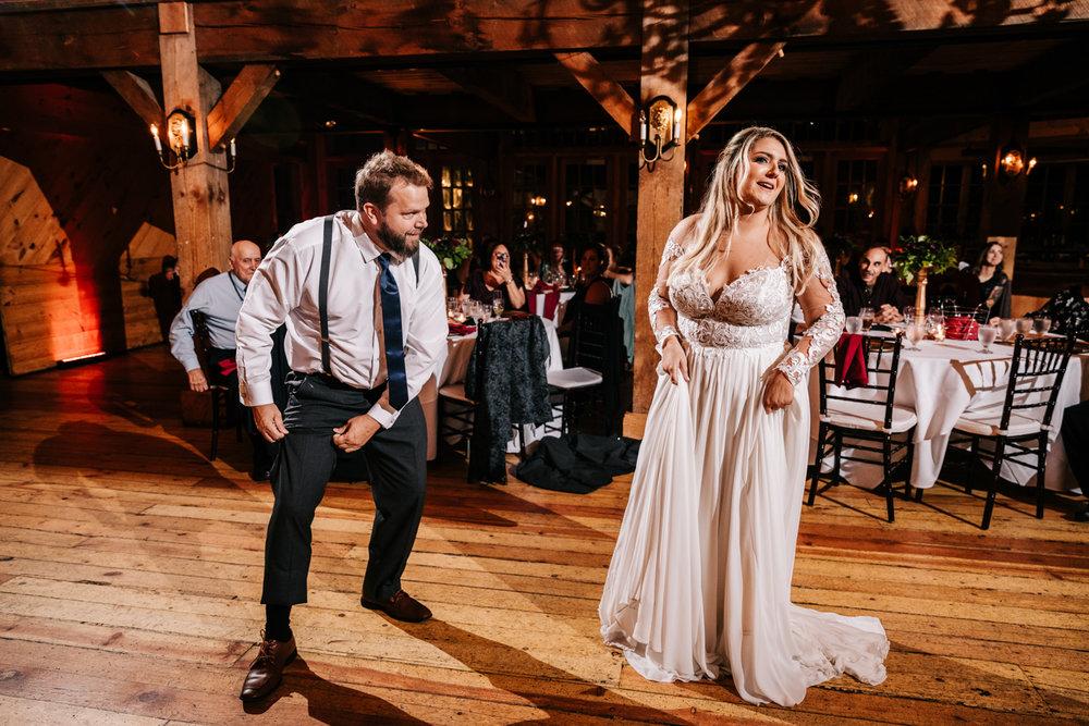 11. fun-albuquerque-boston-adventurous-wedding-photographer-phoenix-andrea-van-orsouw-photography-natural-red-lion-inn-8.jpg
