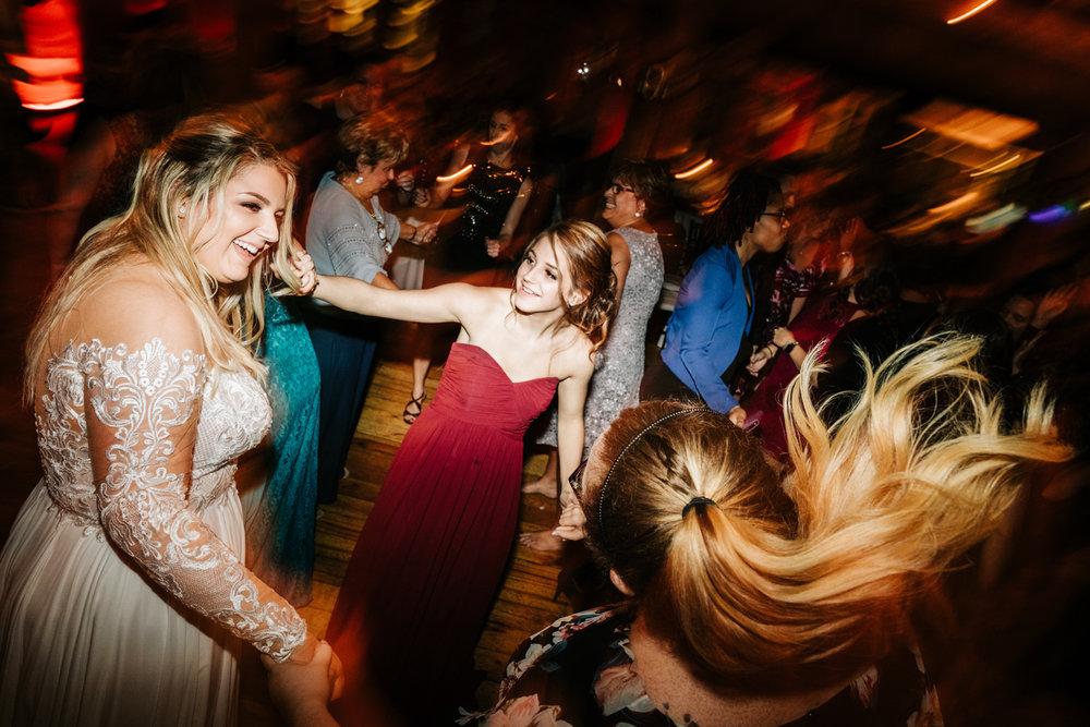 12. natural-wedding-photographer-boston-northeast-andrea-van-orsouw-photography-adventurous-southwest-fun-red-lion-inn-2.jpg