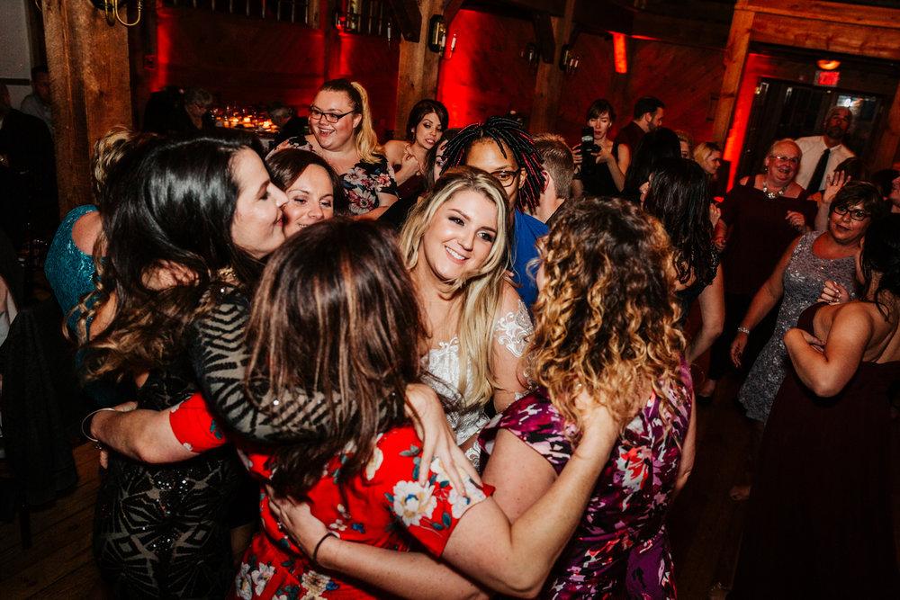 12. natural-wedding-photographer-boston-northeast-andrea-van-orsouw-photography-adventurous-southwest-fun-red-lion-inn-3.jpg