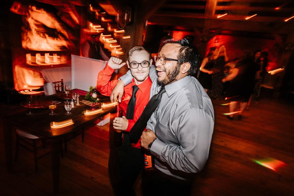 12. natural-wedding-photographer-boston-northeast-andrea-van-orsouw-photography-adventurous-southwest-fun-red-lion-inn-6.jpg