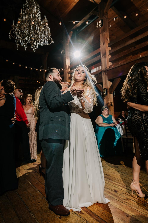12. natural-wedding-photographer-boston-northeast-andrea-van-orsouw-photography-adventurous-southwest-fun-red-lion-inn-9.jpg