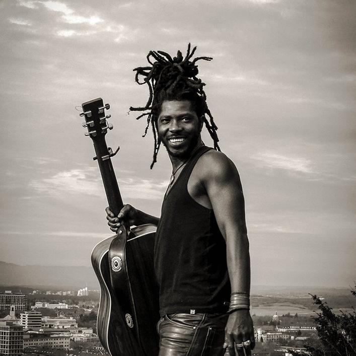 DJELI KOUYATE  - Musician