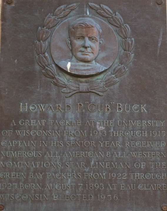 Buck Cub.jpg