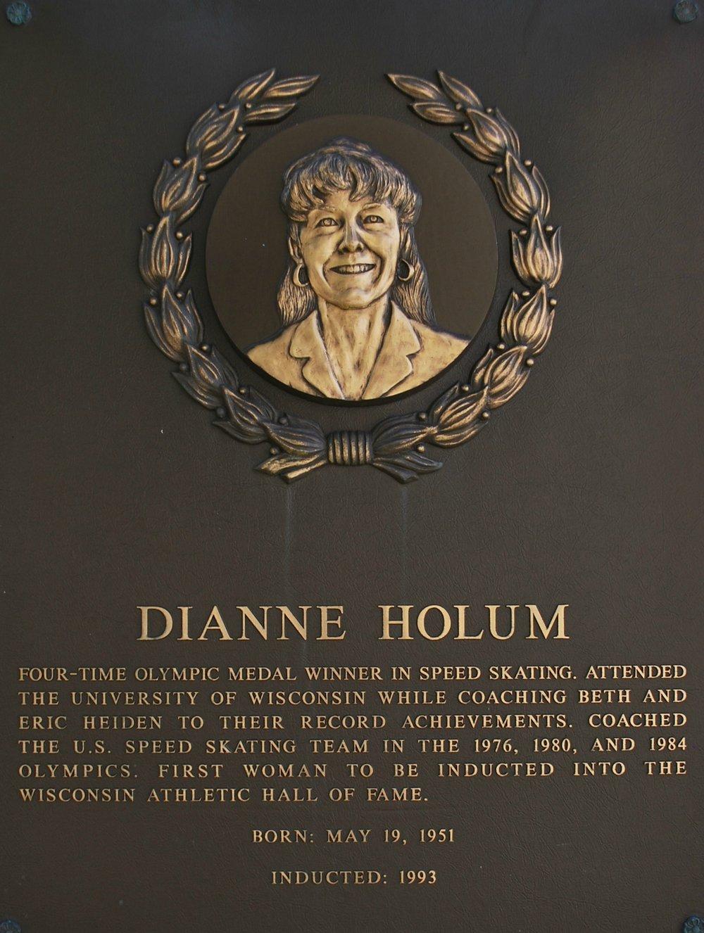 Holum Dianne.jpg