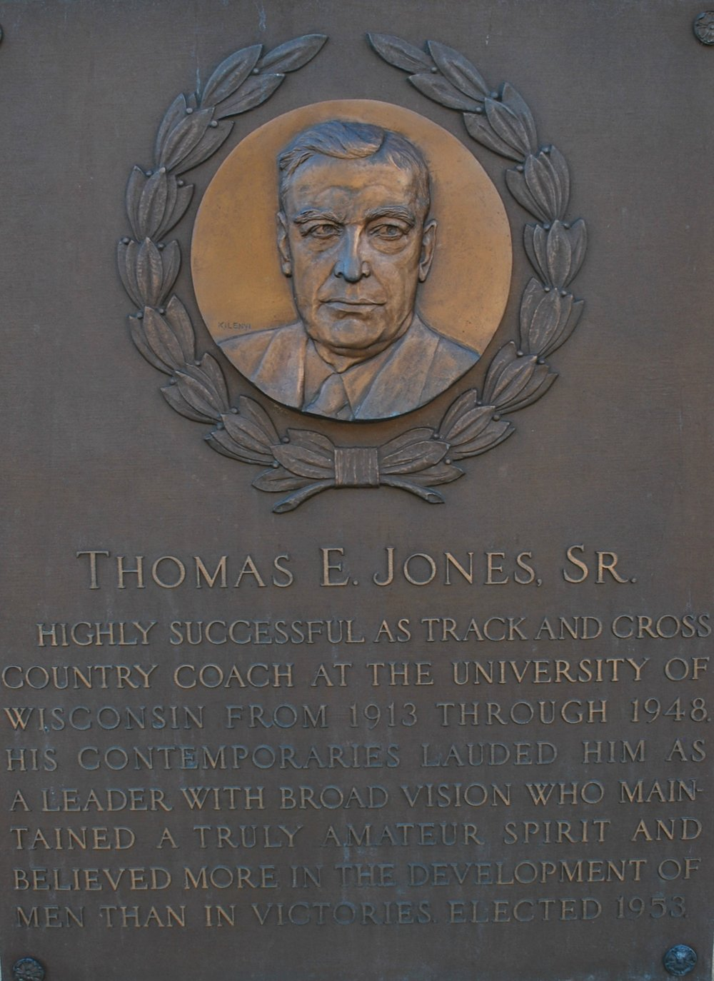 Jones Thomas Sr..jpg